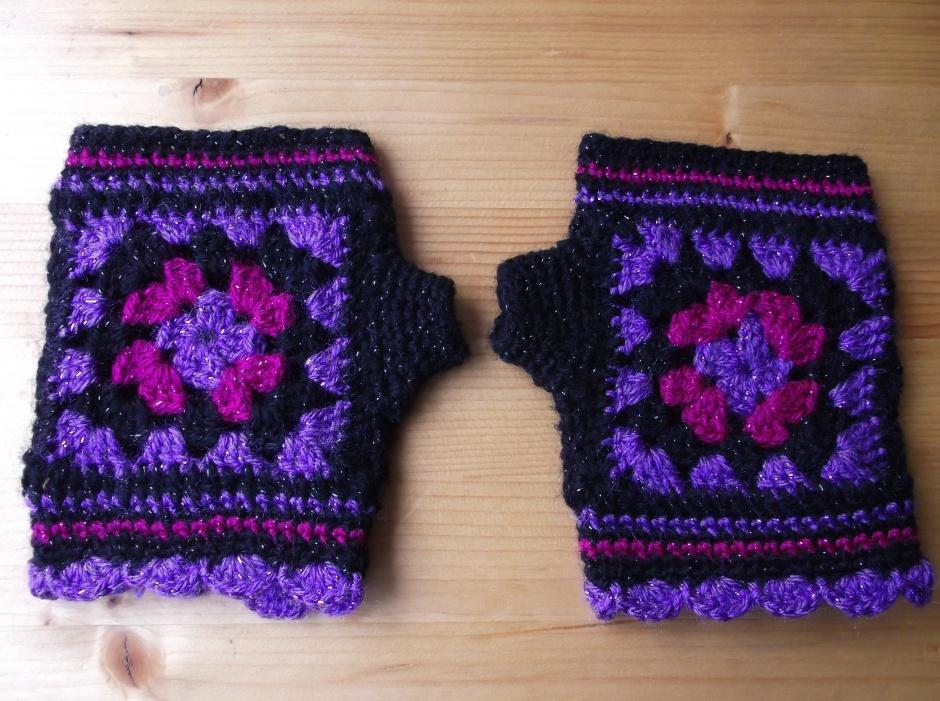 fingerless granny gloves