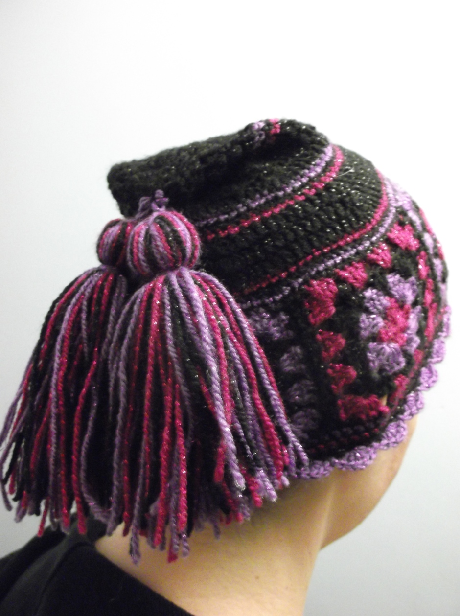 finished granny square hat