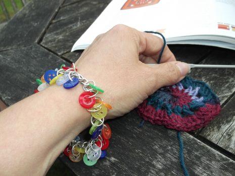 Buttony bracelet.