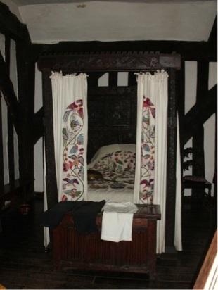 Master William's bed